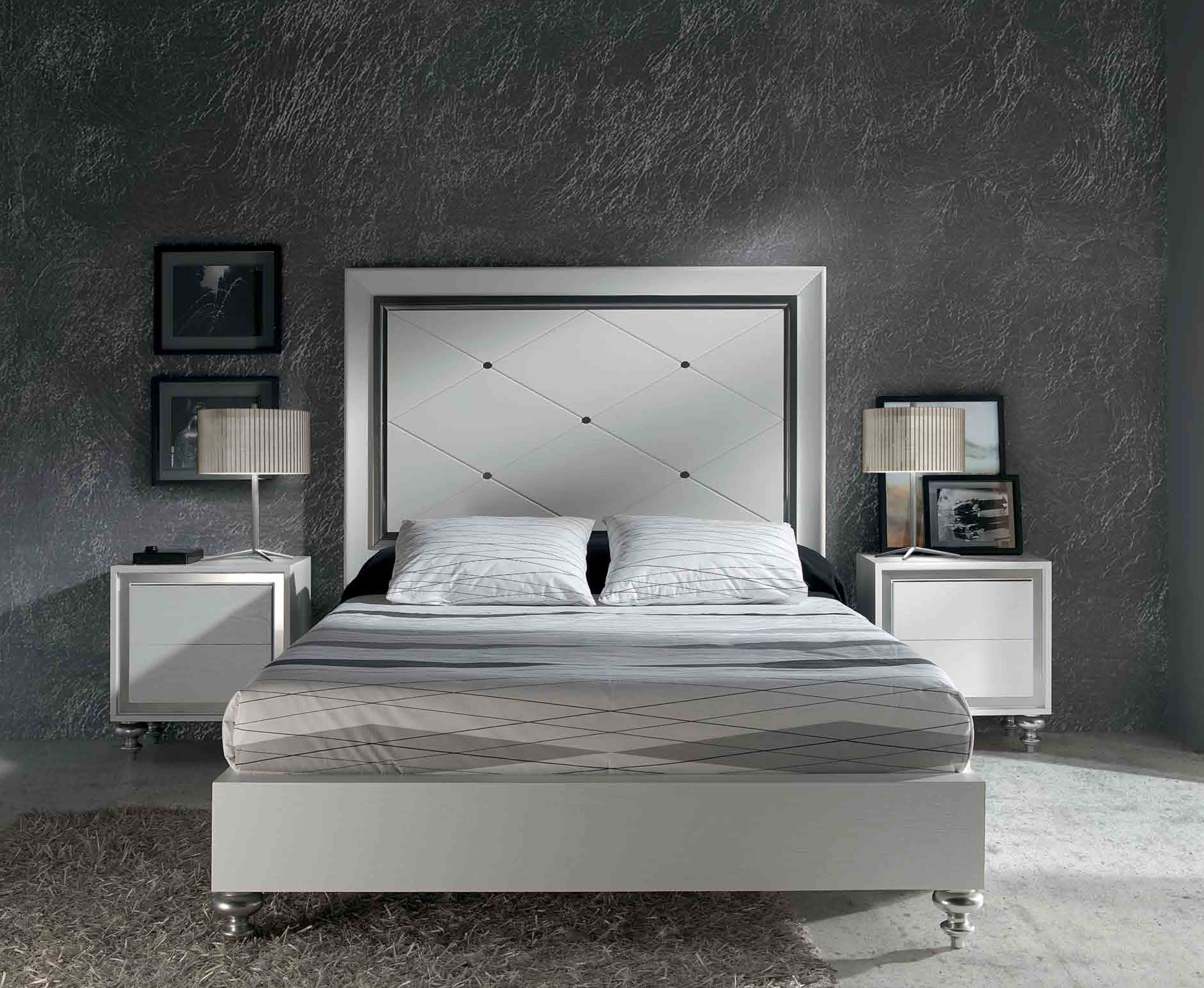 Modern furniture oak for your bedroom for Dormitorio roble moderno